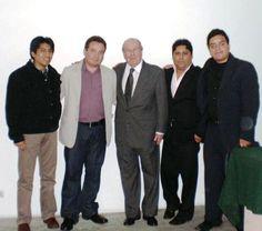Jóvenes correligionarios que apoyan y respaldan la candidatura del Dr. Elías Mendoza Habersperger al Congreso de la República del Perú (2.11.2010)