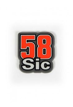 A fridge magnet in honour of the great Marco Simoncelli. 100% PVC fridge magnet, soft to the touch and in the shape of the Supersic race number 58. Buy this item and help support the Marco Simoncelli Foundation // Calamita da frigo di #MarcoSimoncelli #supersic #sic58