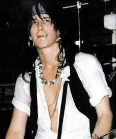 null # amreading # books # wattpad Best Picture For Rock Style jewelry For Your Taste You are looking for something, and it is going to tell you exactly what you are looking for, and you didn't find t Julian Casablancas, Axl Rose, Thrash Metal, Guns N Roses, Wattpad, Hard Rock, 80s Rock Fashion, 96 Hours, Rock Style Men