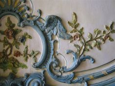 flourishes and wings, my favourite things. ;D  flourishes, wings and vines by rosewithoutathorn84, via Flickr