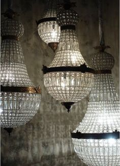 I love these Chandeliers. I can imagine a room full of them in different sizes a… - All For Decoration Black Wall Clock, Lamp, Light, Beautiful Lighting, Light Fixtures, Lights, Vintage Chandelier, Beautiful Lights, Chandelier
