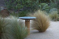 A simple, elegant bird bath Seaside Garden, Coastal Gardens, Beach Gardens, Outdoor Gardens, Australian Garden Design, Australian Native Garden, Contemporary Garden Design, Contemporary Bird Baths, Bird Bath Garden