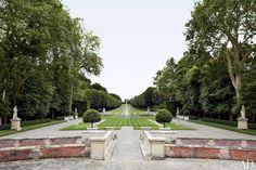 Valentino Garavani's manicured landscape! Would expect nothing less