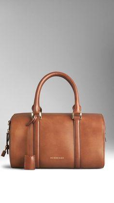 29c93665b Burberry Medium Alchester in Sartorial #leatherpursesandwallets Bolsos  Grandes, Bolsos De Marca, Bolsos Para