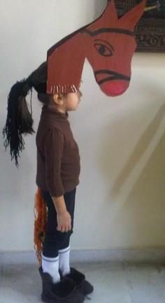A quick easy and inexpensive diy kids horse costume horse head gear for a diy horse costume ideas for kids for wild or farm animals solutioingenieria Gallery