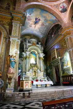 The Church of Iglesia del Espiritu Santo in Havana, Cuba | Incredible Pics