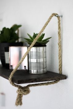 Hanging rope shelf DIY Floating Shelves made with rope and wood More from my site Set of 2 hanging shelves Hanging Rope Shelves, Floating Shelves Diy, Wood Shelves, Corner Shelves, Easy Shelves, Diy Shelving, Open Shelves, Diy Simple, Easy Diy