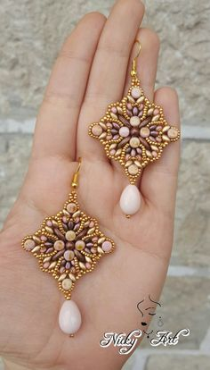 Bead Jewellery, Beaded Jewelry, Handmade Jewelry, Beaded Bracelets, Diy Schmuck, Schmuck Design, Jewelry Patterns, Beading Patterns, Earring Tutorial