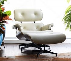 Poltrona e Puff Charles Eames