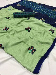 Indian Silk Sarees, Ikkat Silk Sarees, Soft Silk Sarees, Chiffon Saree, Saree Design Patterns, Online Shopping Sarees, Embroidery Suits Design, Embroidery Designs, Fancy Blouse Designs