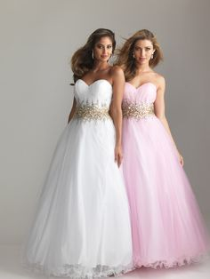 Romantic ball gown with strapless, sweetheart neckline. Sparkling beading accents the natural waistline while a full, tulle skirt finishes the style. Night Moves 6618