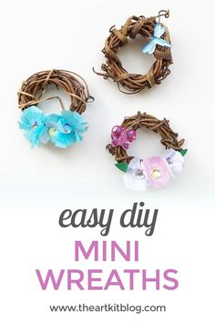 Mini Grapevine Wreaths {Easy DIY} We recently decorated mini grapevine wreaths for Mother's Day and we had so much making these with the kids that we just had to share.