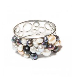 Bratara Pearl Symphony - Mirabilis Art Jewelry - lei112.00 - www.thescarfstreet.com #thescarfstreet #esarfe #esarfa #scarf #fular #moda #modadama #romania #fashion Bangles, Bracelets, Romania, Jewelry Art, Fashion, Bead, Moda, Fashion Styles, Fasion