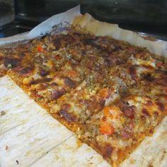 Carb free pizza! Pizza on a spaghetti squash crust!