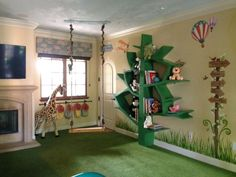 Child's room decorated like the jungle