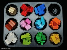 Barvy a forma na muffiny #barvy #moldformuffins #colors #formanamuffiny #batole #toddler #toddlerteaching #lego #legoduplo