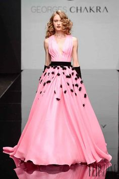 Georges Chakra – 61 photos - the complete collection Georges Chakra, Pink Love, Pretty In Pink, Birthday Dresses, Couture Fashion, Frocks, Evening Gowns, Ball Gowns, Fall Winter