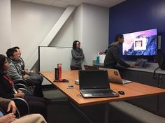 Software Systems Engineering students teaching librarians about gaming and how it can educate kids engineering skills. #sjsulibrary #stem #librarystudyrooms