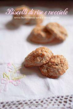 Biscotti di riso e nocciole senza burro senza uova e senza glutine