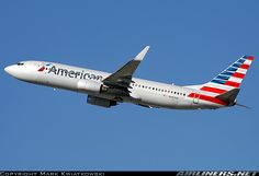 Boeing 737-823 aircraft picture