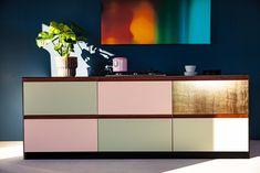 Design_Patchwork St.  Linoleum auf Multiplex mit Griffleisten aus Nussholz massiv Home Upgrades, Sideboard, Buffet, Cabinet, Bookcases, Storage, Home Decor, Scrappy Quilts, Ikea Kitchen