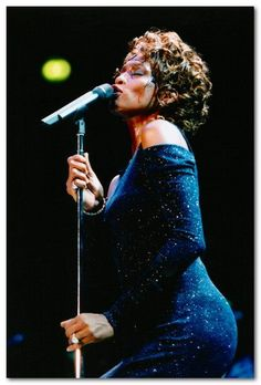 Whitney performed at Nynex Arena, Manchester on 9 July 1998 as part of her regional tour.