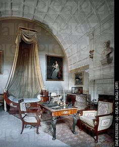 Napoleon I´s bedchamber, 1808, with Maria Luisa of Parma´s bust on the fireplace by Antonio Canova, Chateau de Serrant in Saint Georges on L...