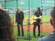 Gary Cherone and Nuno Bettencourt from Extreme Singing National Anthem