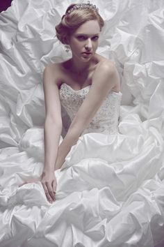 Ball Gown Sweetheart Neckline Embroidery & Beading Decorated Top Taffeta Bridal Gown