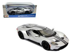 2017 Ford GT Silver 1/18 Diecast Model Car by Maisto