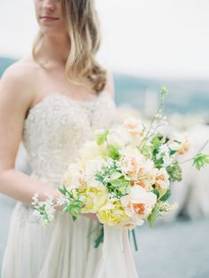 Soft + chic florals | Photography : Allen Tsai Photography Read More on SMP: http://www.stylemepretty.com/destination-weddings/italy-weddings/2016/07/09/romantic-tuscany-bridal-inspiration/