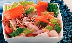 Salada de Peito e Peru com olho agridoce.