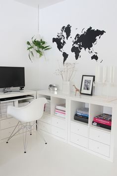 The chair - Hyller/skuffer til syrommet Expedit, IKEA. I jut can't handle how perfect some things in the world are. Ugh.