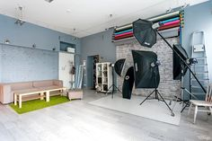Small studio decor photography ideas stunning relaxing room home Home Studio Setup, Home Photo Studio, Studio Interior, Office Interior Design, Studio Ideas, Design Offices, Interior Sketch, Small Photography Studio, Photography Studios