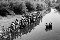 """Photo: marion Post Wolcott's """"Baptism of Members of Primitive Baptist Church in Triplett Creek, Roiwan County, Near Morehead, Kentucky"""" 1940 Vintage Pictures, Old Pictures, Old Photos, Appalachian People, Appalachian Mountains, My Old Kentucky Home, We Are The World, The Good Old Days, American History"""