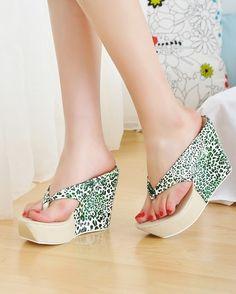 Fashion Leopard Leather Wedge High-Heeled Clip Slipper Green