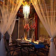 The Happiness of Having Yard Patios – Outdoor Patio Decor Outdoor Areas, Outdoor Rooms, Outdoor Dining, Outdoor Decor, Dining Area, Outdoor Lighting, Lighting Ideas, Backyard Lighting, Outdoor Kitchens