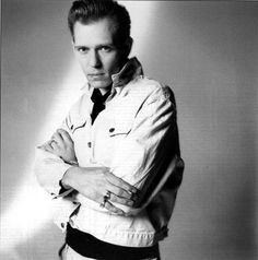 Paul Simonon (bass player the Clash) Topper Headon, The Future Is Unwritten, Paul Simonon, Mick Jones, British Punk, Joe Strummer, The Clash, Post Punk, Black White Photos