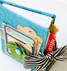 Stephanie Dagan mini book using regular size envelopes.  Super easy and cute!