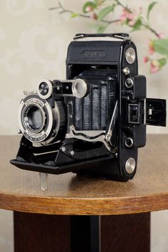 SUPERB! 1933 Zeiss Ikon Super Ikonta 6x9, Tessar lens, FRESHLY SERVICED!