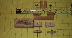 TÉCNICAS DE CUERO: ¿cómo construir herramientas para el cuero? Leather Carving, Diy Leather Splitter, Horseshoe Art, How To Build, Homemade Tools, Homemade, Fabrics