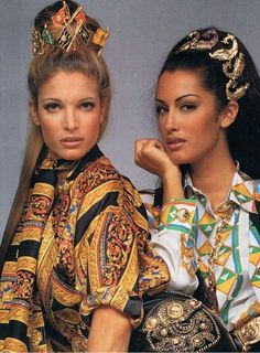 Gianni Versace Vintage Fashion & more details