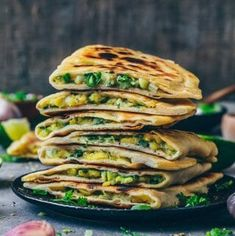 This Aloo Paratha recipe is a delicious pan-fried Indian potato stuffed flatbread that is easy to make with a simple dough and vegan filling. Paratha Recipes, Flatbread Recipes, Indian Breakfast, Savory Breakfast, Vegan Ravioli, Indian Food Recipes, Ethnic Recipes, Indian Foods, Pumpkin Squash