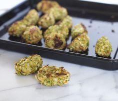 Mini-Croquetas de verduras para niños, sobre todo para lo que no son entusiastas de los vegetales. @enmicocinahoy Baby Center, School Lunch, Baked Potato, Kids Meals, Sprouts, Recipies, Snacks, Baking, Healthy