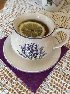 Mézes, citromos gyömbértea Minion, Tea Cups, Tableware, Dinnerware, Tablewares, Minions, Dishes, Place Settings, Cup Of Tea