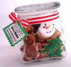 Homemade DIY Gifts in A Jar | Best Mason Jar Cookie Mixes and Recipes, Alcohol Mixers | Fun Gift Ideas for Men, Women, Teens, Kids, Teacher, Mom. Christmas, Holiday, Birthday and Easy Last Minute Gifts | Christmas Cookies in a Jar |  http://diyjoy.com/diy-gifts-in-a-jar