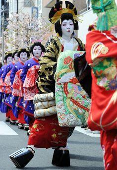 江戸吉原おいらん道中 Edo Yoshiwara  Oiran Dochu parade