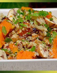 Salade d'automne quinoa, potimarron et châtaignes Fried Rice, Quinoa, Fries, Ethnic Recipes, Vegetarische Rezepte, Salads, Cooking Food, Nasi Goreng, Stir Fry Rice