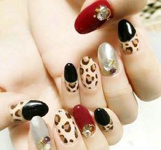 Green Nail Art, Green Nail Polish, Green Nails, Blue Nails, Red Manicure, Leopard Print Nails, Gradient Nails, Caramel Color, Cute Makeup