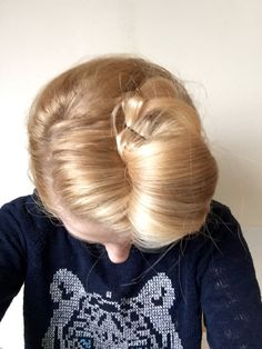 My favorite decade in history is the 1950s. It was a time of celebration after the war years, when new fashions and beauty styles flourished; and among them blossomed my most cherished of all 'dos: the vintagevictory roll hairstyle.  Before the start